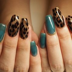Go through our collection of the best animal print nail art ideas, and get those nails painted now. Nail Art Designs, Acrylic Nail Designs, Acrylic Nails, Nails Design, Coffin Nails, Cheetah Nail Designs, Diy Nails, Cute Nails, Leopard Print Nails