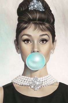 Tiffany OFF! Breakfast at Tiffanys - Audrey Hepburn - Tiffany Blue - Blowing Bubbles with Michael Moebius exclusively at Mouche Gallery. Tiffany Blue, Azul Tiffany, Style Audrey Hepburn, Audrey Hepburn Tattoo, Audrey Hepburn Wallpaper, Marilyn Monroe Wallpaper, Film Mythique, Home Bild, Pin Up