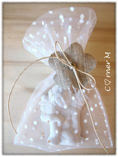 Corner M: gessi Wedding Favor Bags, Wedding Gifts, Homemade Wedding Favors, Gift Wraping, Baby Favors, Lavender Bags, Idee Diy, Home Made Soap, Beads And Wire