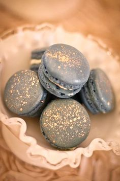 dusty blue and grey wedding ideas: macaroons as favours