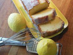 Met dít vreemde ingrediënt maakt bakkoningin Nigella Lawson de lekkerste citroencake