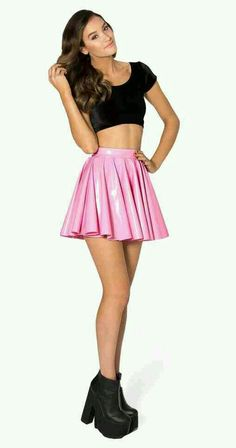 OUTFIT IN PINK AND BLACK