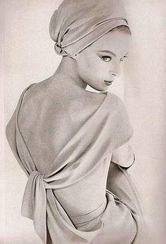 Nena Von Schlebrügge - draped back dress