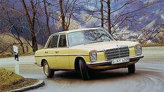 Mercedes-Benz Limousine W114-W115   by Auto Clasico