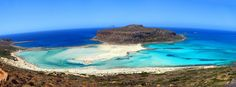Cycladia's travel guide will lead you in the heart of Chania, with travel information including the most useful & complete tips & the best places to visit. Cool Places To Visit, Places To Travel, Places To Go, Balos Beach, Last Minute Holidays, Crete Holiday, Inclusive Holidays, Crete Island, Photos Of The Week