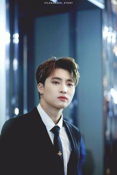 Thai Drama, We Meet Again, Boyxboy, Tumblr Boys, Cute Gay, Aesthetic Girl, Boyfriend Material, Asian Men, Actors & Actresses