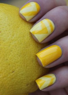 Yellow Nail Art for the baby shower