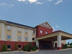 Batesville (AR) Comfort Suites United States, North America Comfort Suites is conveniently located in the popular Batesville area. Offering a variety of facilities and services, the hotel provides all you need for a good night's sleep. Facilities like 24-hour front desk, facilities for disabled guests, express check-in/check-out, Wi-Fi in public areas, car park are readily available for you to enjoy. Comfortable guestrooms ensure a good night's sleep with some rooms featuring ...