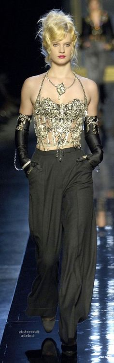 Jean Paul Gaultier, Autumn/Winter 2006, Couture with <3 from JDzigner www.jdzigner.com