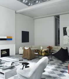 Steel doors kevin o 39 leary and philippe starck on pinterest for Timothy haynes kevin roberts