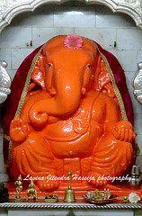 The World's Best Photos of ganesha and siddhivinayak Photos Of Ganesha, Ganesha Pictures, Ganesh Images, Sri Ganesh, Ganesh Lord, Lord Vishnu, Om Gam Ganapataye Namaha, Lord Ganesha Paintings, Ganesha Drawing