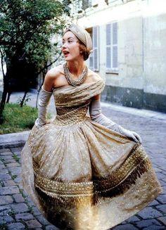 """Christian Dior """"Soirée de Lahore"""" Evening Dress, photo by Mark Shaw, PARIS, 1955"""