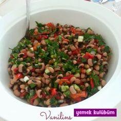 Börülce Salatası Tarifi nasıl yapılır? Resimli Börülce Salatası Tarifi anlatımı ve malzemeleri burada. Diyet yapanlar için sağlıklı salata tarifleri.