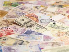 Yunanistan borsasının 2007'den bu yana yüzde 83 düşmesinden dolayı MSCI Endeksi'ndeki gelişmiş piyasa statüsünü kaybetti.