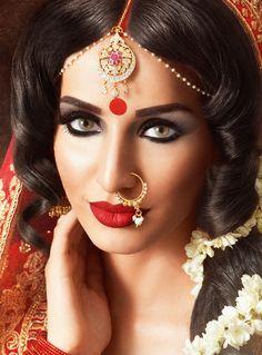 Saira Iqbal :: Khush Mag - Asian wedding magazine for every bride and groom planning their Big Day