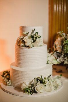 Wedding Cake Inspiration - Photo: Shaun Menary Photography