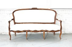 http://rentpatina.com/furniture/lilette-sofa/