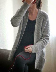 Girlfriends Cardigan Anke Knitting pattern by ANKESTRiCK – Knitting Cardigan Knit Cardigan Pattern, Sweater Knitting Patterns, Open Cardigan, Baby Scarf, I Cord, Universal Yarn, Christmas Knitting Patterns, Lang Yarns, Dress Gloves
