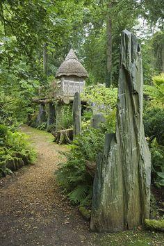Charles turns Highgrove gardens into playground for grandson George Garden Paths, Garden Landscaping, Landscaping Ideas, Highgrove Garden, Water Terrarium, Terrarium Ideas, Landscape Design, Garden Design, Holly Tree