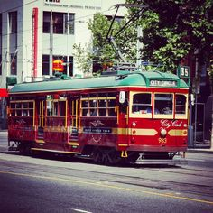 #OldPhotos #Melbourne #Australia #CityCircleTram #Tram #StreetCar #Y2011