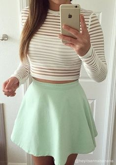 New how to wear skirts short crop tops Ideas Cropped Tops, Cute Crop Tops, Cute Fashion, Look Fashion, Teen Fashion, Fashion Outfits, Outfits For Teens, Casual Outfits, Cute Outfits