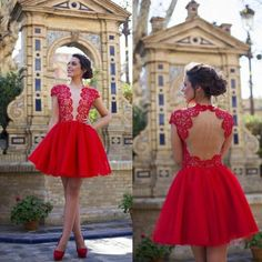 Charming Red Tulle Homecoming Dresses  Short Party Dresses Backless Prom gown Lace Scoop Cap Sleeves Backless