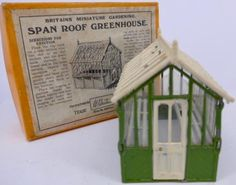 Britains 053 span roof greenhouse, boxed, complete Garden Toys, Model Homes, Vintage Toys, Soldiers, Britain, Miniatures, Colours, Mini Things, Mockup