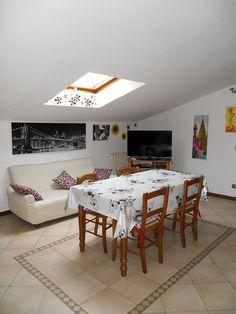 Affitto mansarda Formigine Rif-PB-06 Affitto Formigine in zona tranquilla e piccolo contesto Mansarda completamente arredata, con soggiorno con angolo cottu