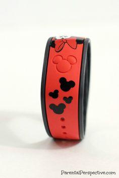 DIY Customized Minnie Mouse Disney Magic Band