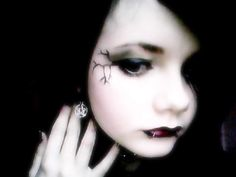 Goth Makeup Goes Mainstream: Love It or Leave It? - Page 2