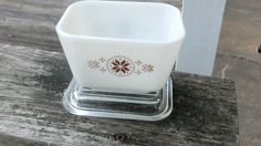 Pyrex Glass Refrigerator Dish 501 Tony and Country
