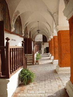 Arequipa, Peru - the colonades