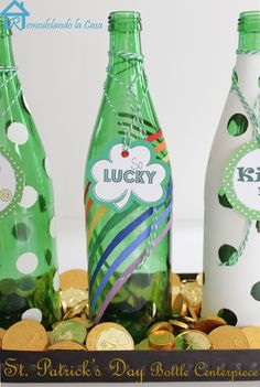 St Patrick's Bottle Centerpiece: decorate your root beer or martinelli's bottle f or your st. patty's party.