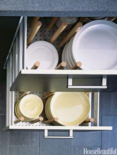 Smart Kitchen Storage Ideas - Kitchen Organizing Tips - Good Housekeeping Crockery Drawer Smart Kitchen, Clever Kitchen Storage, Small Kitchen Organization, Kitchen Storage Solutions, Stylish Kitchen, Kitchen Drawers, New Kitchen, Kitchen Ideas, Organized Kitchen