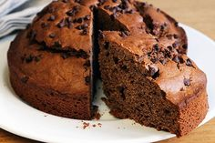 Please every chocolate lover with this Super Chocolate Chocolate Chip Cake Recipe. No such thing as too much chocolate in this chocolate chip cake recipe. Chocolate Tres Leches Cake, Chocolate Chip Cake, Chocolate Morsels, Chocolate Chocolate, Chocolate Recipes, Icebox Cake Recipes, Dessert Recipes, Moist Cakes, Kraft Recipes