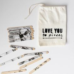 DIY Valentine photo puzzle and storage bag