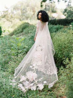 : @thismodernromance Styling: @type_a_society Florals: @sirenfloralco Beauty: @teamhairandmakeup #ClairePettibone #uniqueweddingdress #floralweddingdress #longsleeveweddingdress