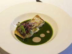 Merluza de pincho de Luarca, en nuestra salsa planctónica. Reserva online en…