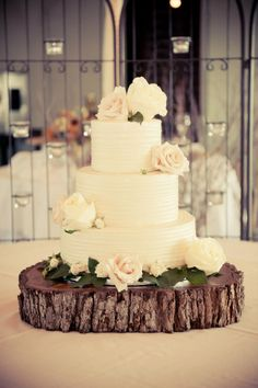 love the texture of the icing.. change the flowers and use a different base ..
