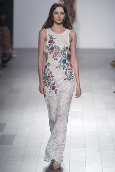 ff2e6048c05 Tadashi Shoji Spring 2018 Ready-to-Wear Fashion Show