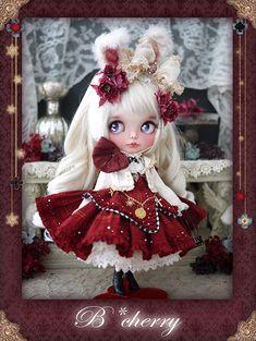 『FolkloreChristmas展』B*cherryさんの作品紹介4 | Junie Moon 東京・代官山店 Pretty Dolls, Beautiful Dolls, Lolita Fashion, Fashion Dolls, Tim Burton Art, Disney Animator Doll, Dream Doll, Kawaii, New Dolls