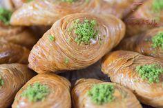 Ch'ibiyate , pâtisserie orientale feuilletée , recette ici https://www.youtube.com/watch?v=XLlvsLWyUwI