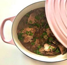 Poulet Au Riesling, Champagne, Beef, Food, Egg Noodles, Beef Bourguignon, Chicken Legs, Coq Au Vin, Meat