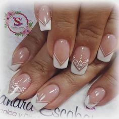 French Nail Designs, Diy Nail Designs, Fancy Nails, Diy Nails, Gel Nail Art, Acrylic Nails, Mandala Nails, Metallic Nails, White Nails