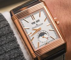 Jaeger-LeCoultre Reverso Tribute Calendar Watch Hands On