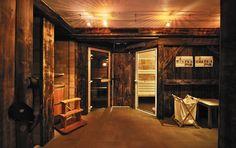#Wellnessoase im #RefugiumTilliach, dem luxuriösen #Selbstversorgerhaus in #Osttirol Bild: Oskar Dariz Places To Go, Hotels, Loft, Bed, Furniture, Home Decor, Steam Bath, Recovery, Pictures