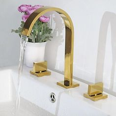 (73.83$)  Know more - http://aicnf.worlditems.win/all/product.php?id=32236874851 - Luxury Bathroom Dual Handles Waterfall Basin Sink Faucet Gold-plate Widespread Basin Mixer Taps