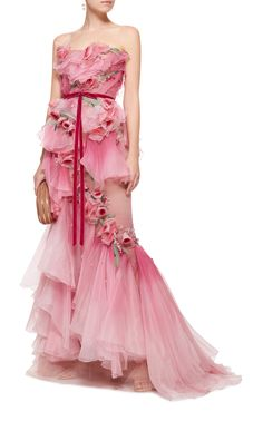 Pink wedding dress - Marchesa Ombre Tiered Silk Organza Gown - Marchesa's stunning gown is crafted from tiers of voluminous silk organza ruffles. Delicate rose appliqués are scattered throughout and the waistline is cinched with a velvet bow belt. Marchesa Fashion, Marchesa Gowns, Pink Outfits, Pretty Outfits, Pretty Dresses, Fairytale Fashion, Evening Dresses, Formal Dresses, Fairy Dress