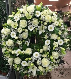 Most current Absolutely Free natural Funeral Flowers Suggestions No matter if you happen to be coordinating or even participating in, memorials are invariably a new somber and. Casket Flowers, Grave Flowers, Cemetery Flowers, Funeral Flowers, Wedding Flowers, Condolence Flowers, Sympathy Flowers, Funeral Floral Arrangements, Church Flower Arrangements