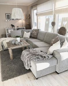 Classic Center Table Decoration Ideas In Living Room Decorating Ideas